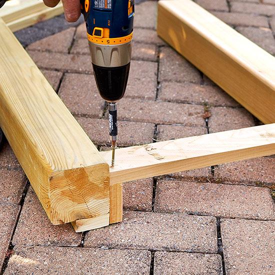 construye-tu-propia-mesa-para-exterior-04