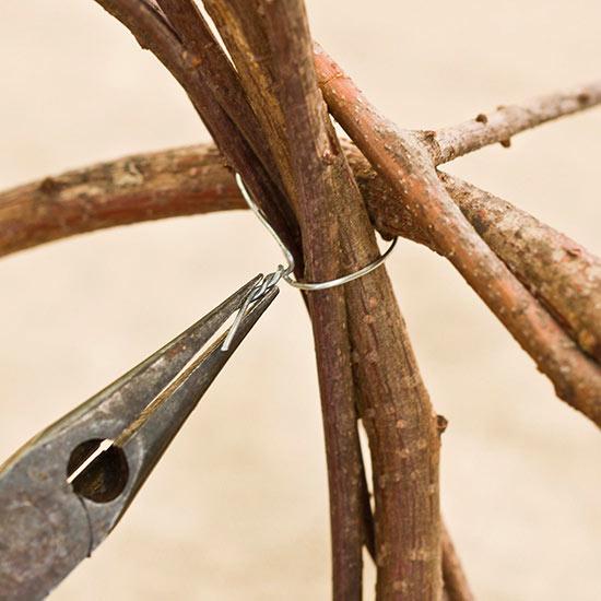 esferas-de-ramas-de-cornejo-para-decorar-el-jardin-04