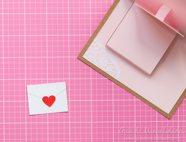 Tarjeta pop up de amor 16