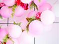 imagen Cómo preparar una guirnalda de globos y flores