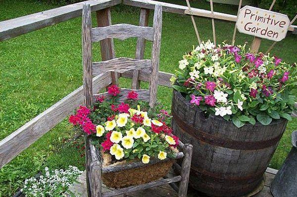 Ideas para reciclar y decorar con sillas y plantas gu a for Cd market galeria jardin