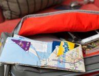 imagen Billetera de origami con un mapa