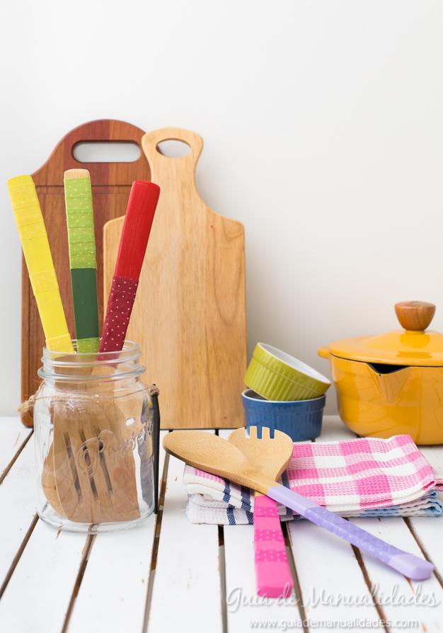 Manualidades para la cocina gu a de manualidades for Utensilios de cocina para zurdos
