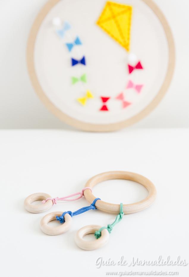 sonajero-anillas-madera-1