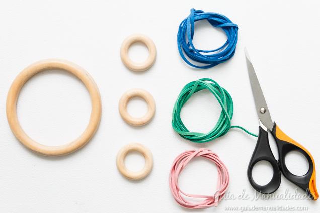 sonajero-anillas-madera-2