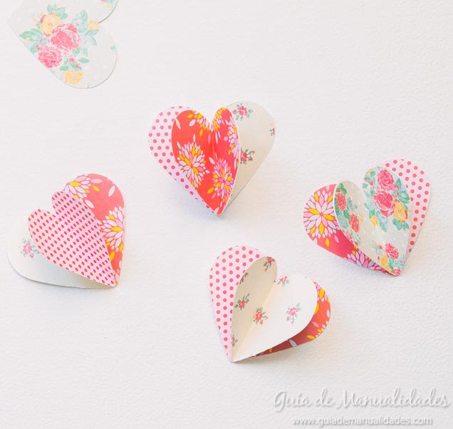 Guirnalda rom ntica con corazones de papel gu a de - Manualidades romanticas para hombres ...
