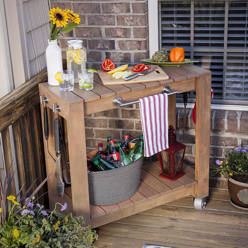 12 ideas para hacer un carrito bar diy gu a de manualidades for Carrito bar de madera