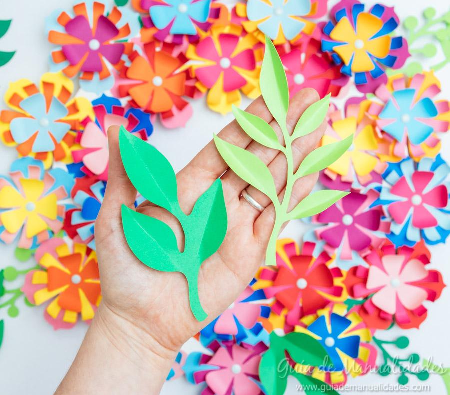 Corona a todo color con flores de papel gu a de manualidades - Guia para decorar ...