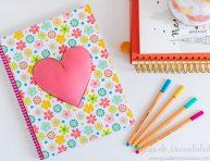 imagen Decora tus cuadernos con un gran corazón