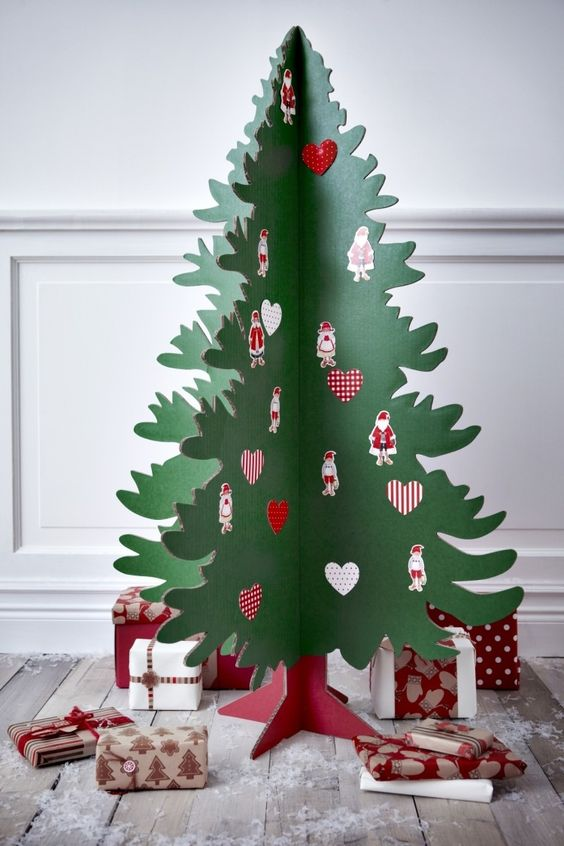 para este rbol han unido varias capas de cartn hasta conseguir el volumen deseado la decoracin cartas y tarjetas navideas - Arbol De Navidad De Carton