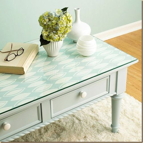 El papel pintado vuelve y podemos usarlo para ideas diy for Papel de empapelar muebles