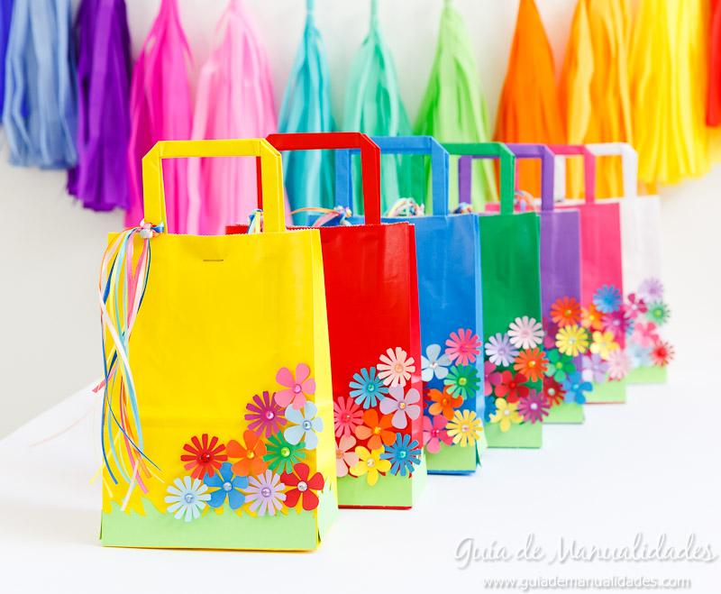 Manualidades con flores gu a de manualidades for Decoracion primavera manualidades
