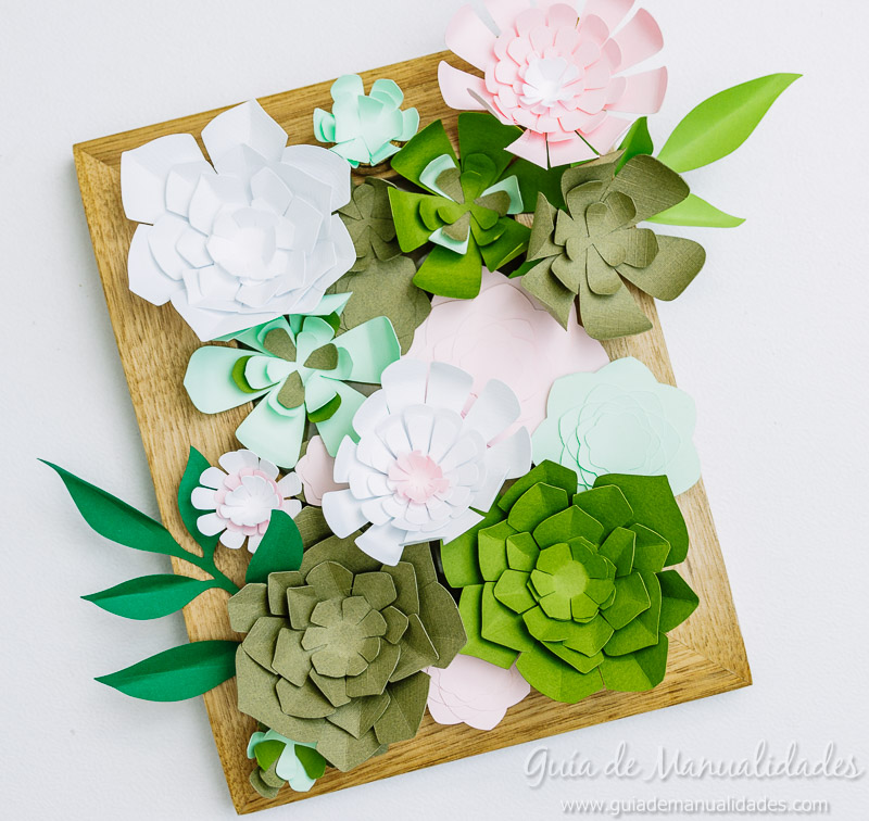 Mini jard n vertical con suculentas de papel gu a de for Bricolaje de jardin