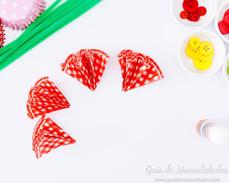 flores con moldes para cupcakes 12