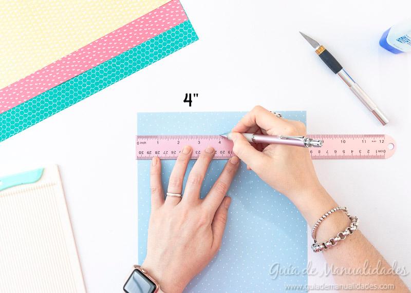Cómo hacer una roseta estrella de papel 3