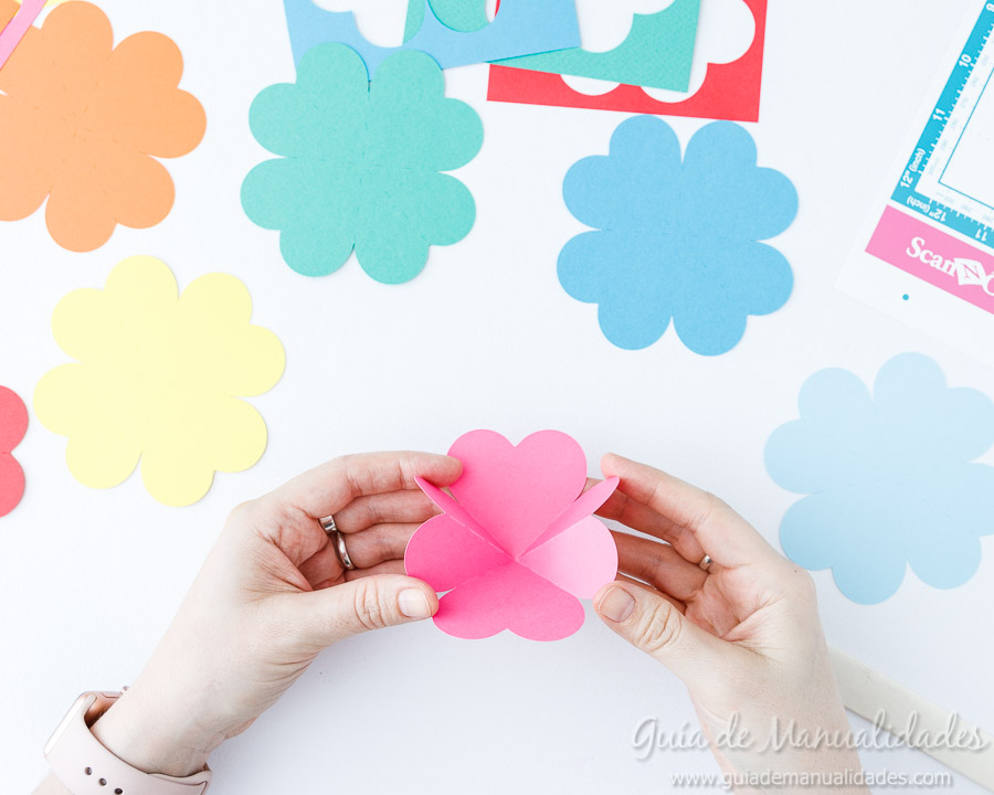 Tarjeta pop up corazones San Valentin 7