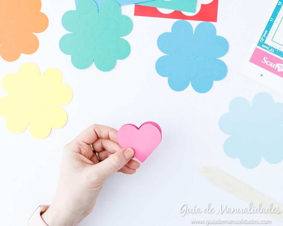 Tarjeta pop up corazones San Valentin 8