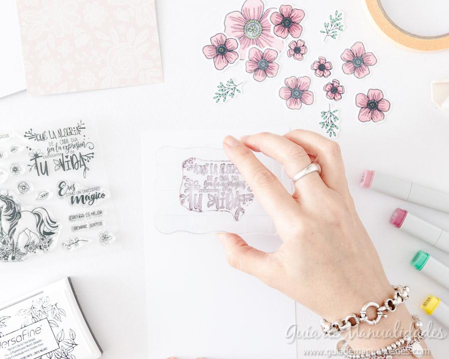 Tarjeta con flores y copics 6