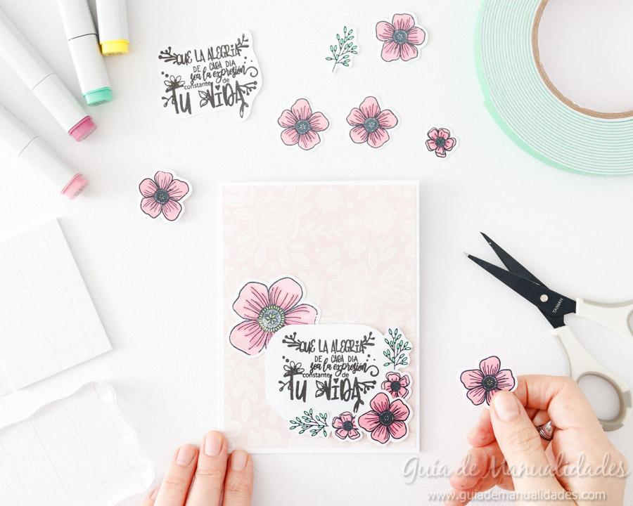 Tarjeta con flores y copics 8