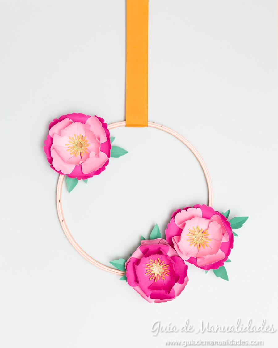 Flores de papel DIY y centro con embossing 1