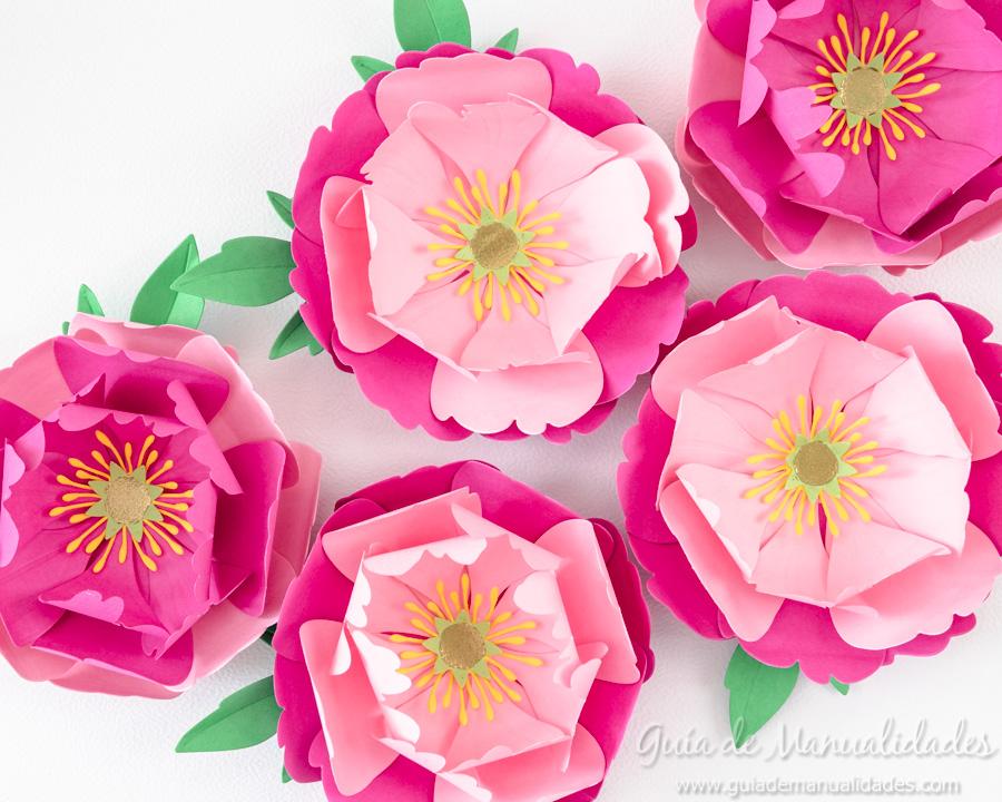 Flores de papel DIY y centro con embossing 14