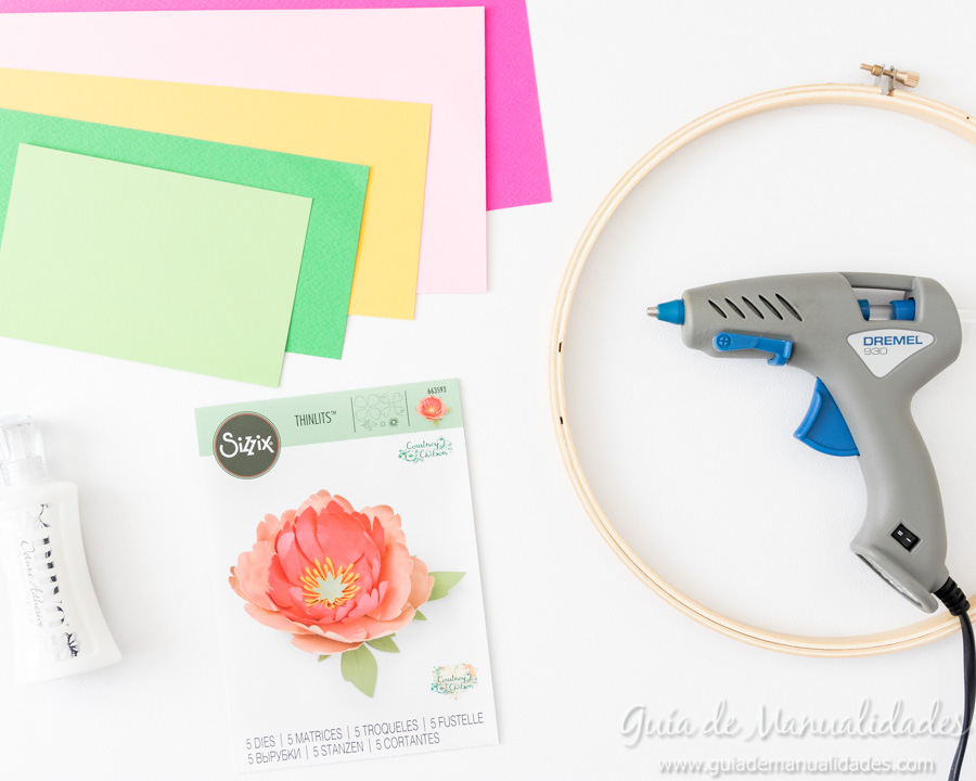 Flores de papel DIY y centro con embossing 2