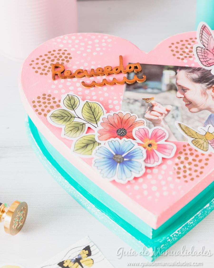 Caja de recuerdos decorada 12