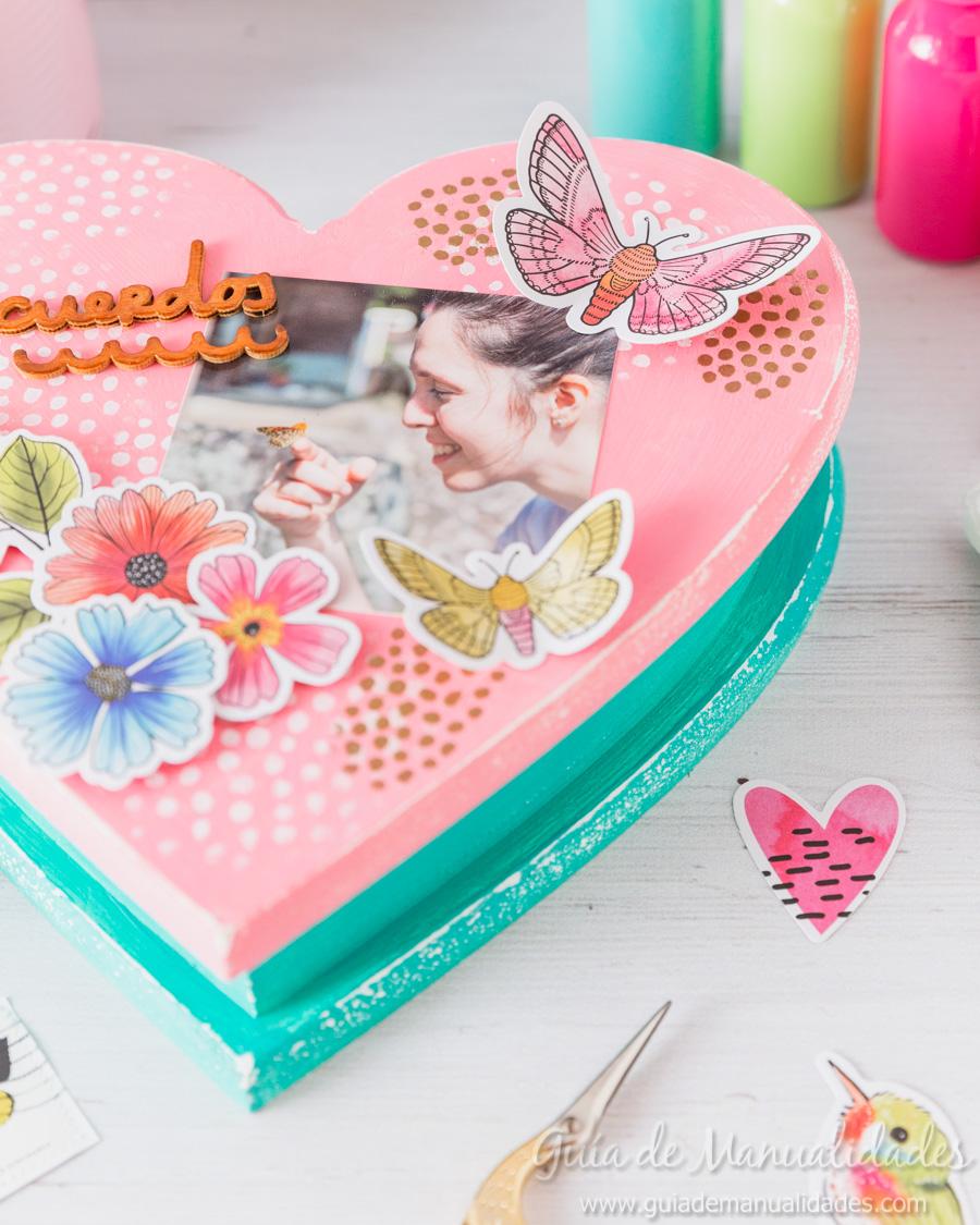 Caja de recuerdos decorada 13