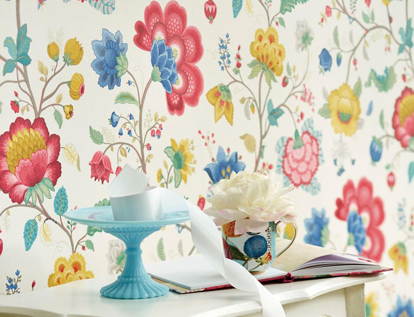 Decoración del craftroom con papel pintado 10