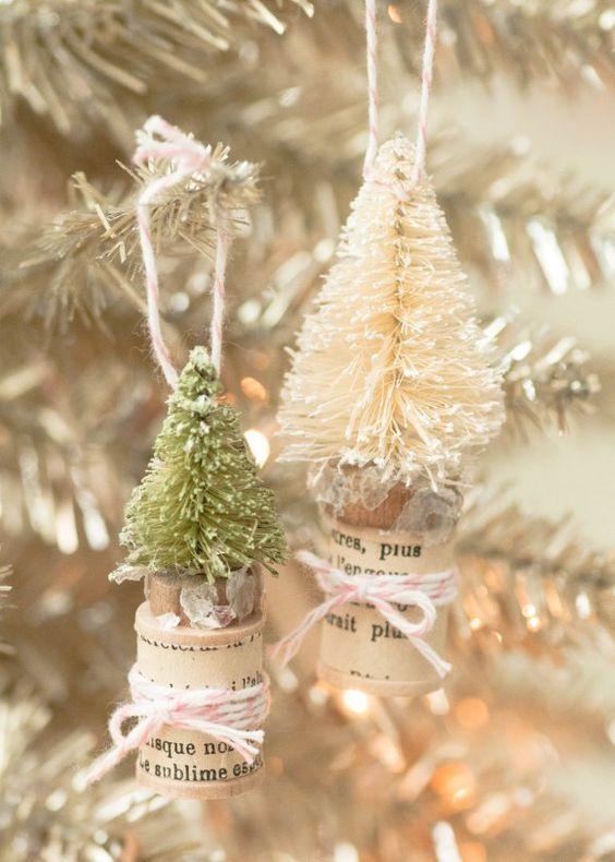 Ideas para hacer con mini arbolitos de Navidad 15