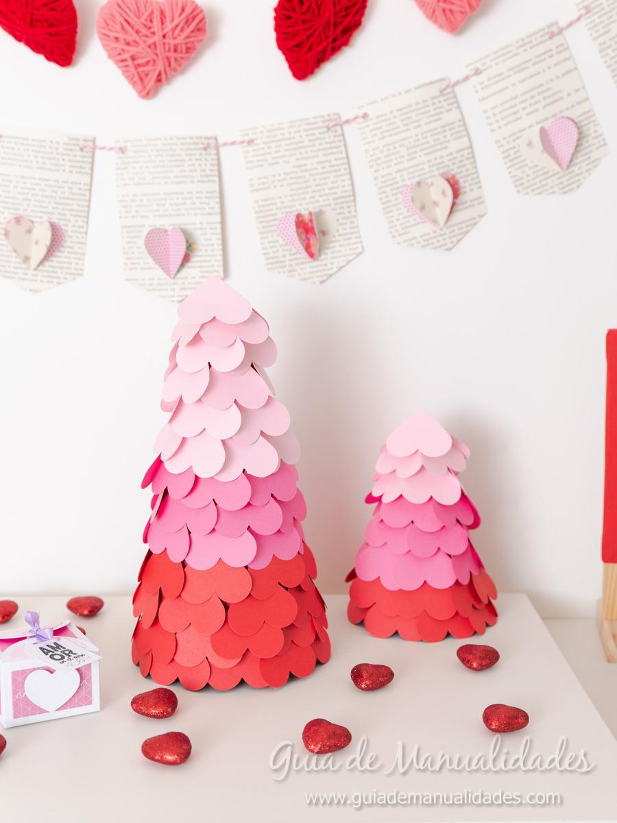 Arbolitos románticos con corazones 1