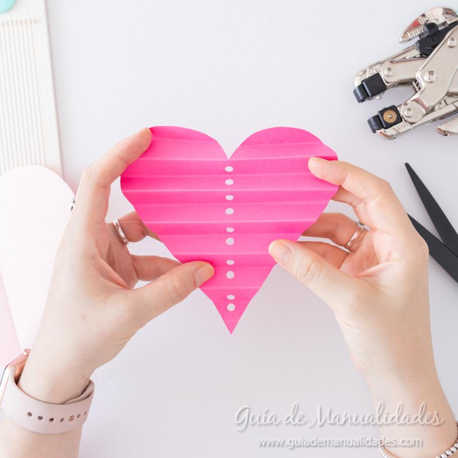 Corazones de papel decorativos 6
