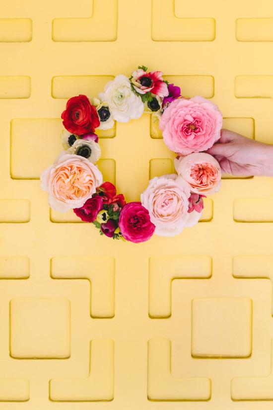 crea corona y diademas DIY con flores frescas 7