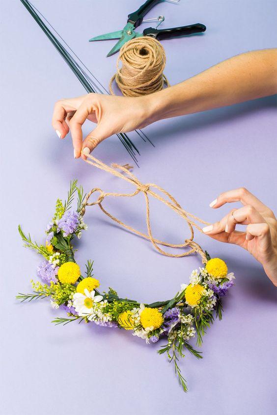 crea corona y diademas DIY con flores frescas 1